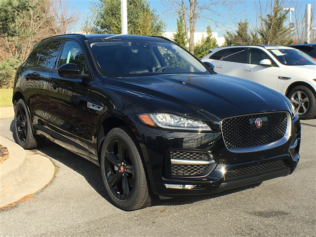 Jaguar Suv F Pace >> New 2019 Jaguar F Pace 25t R Sport With Navigation Awd